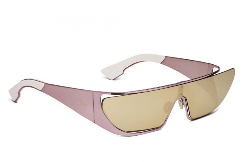 Óculos: Rihanna e Dior