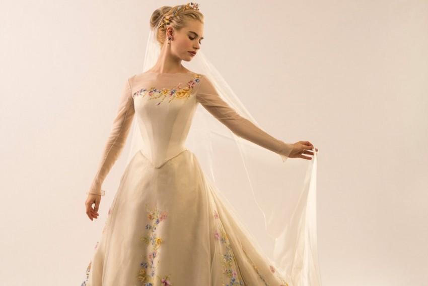Lily James, em Cinderela