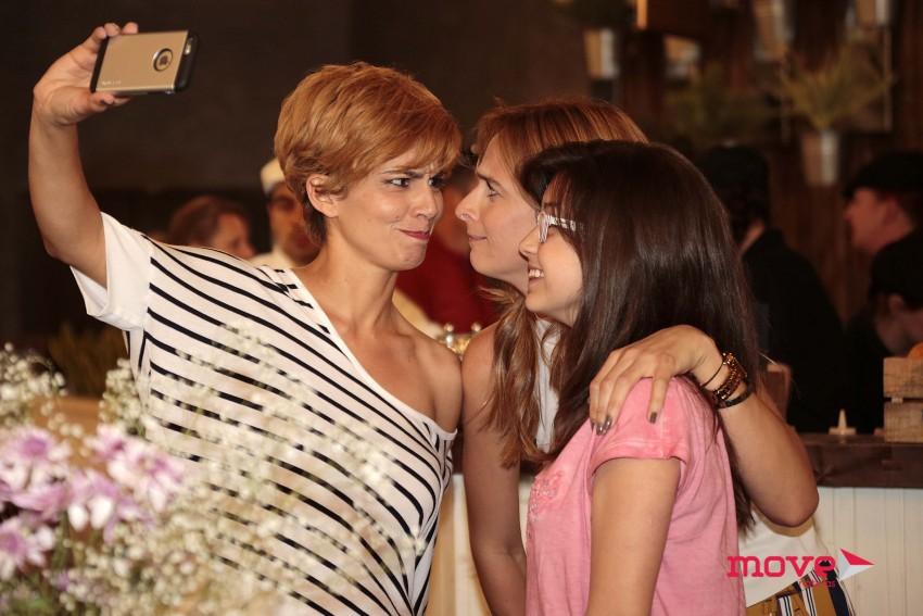 Maria e Susana Arrais com Sara Prata