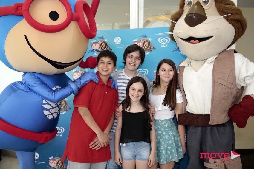 Miguel e Sara Mestre com amigos