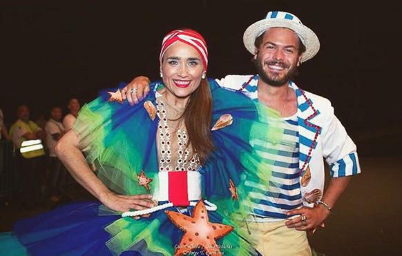 Sandra Celas e Zé Manel desfilam por Carnide