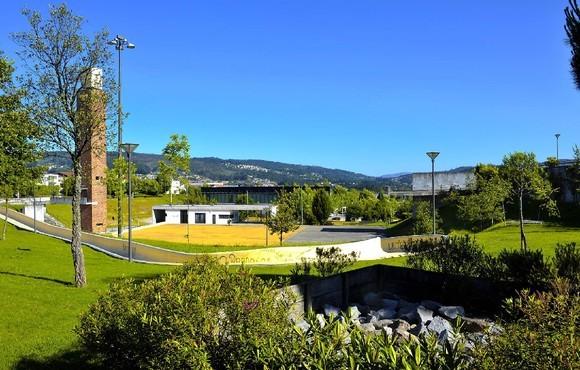 O Parque da Cidade de Fafe vai transmitir, pelo menos, os jogos de Portugal num ecrã gigante. Espera-se muita animação nos dias 14, 18 e 22 de junho. Os restantes jogos só serão transmitidos caso Portugal se apure para as fases seguintes.