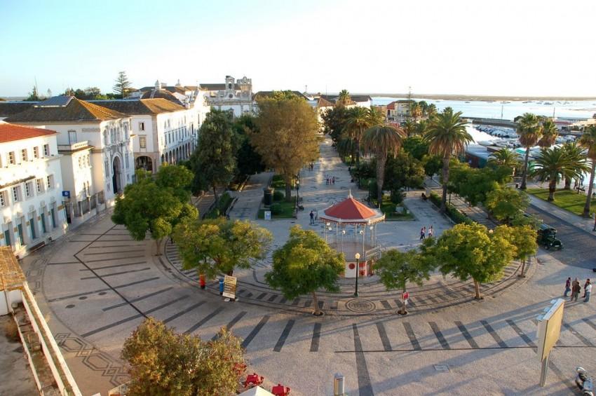Faro vai ter uma fan zone montada no Jardim Manuel Bívar, no centro, com ecrã gigante, vários espetáculos, expositores de artesanato e tasquinhas com comida e bebida.