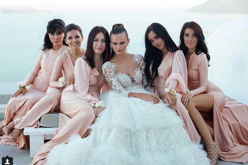 A noiva com as damas de honor