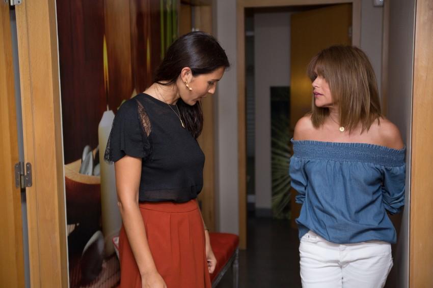 Adriana Coutinho, responsável do espaço, e Isabel Angelino