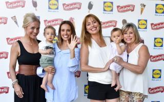 Carla e Marta Andrino com Manuel e Carla Salgueiro com a mãe e a filha, Caetana
