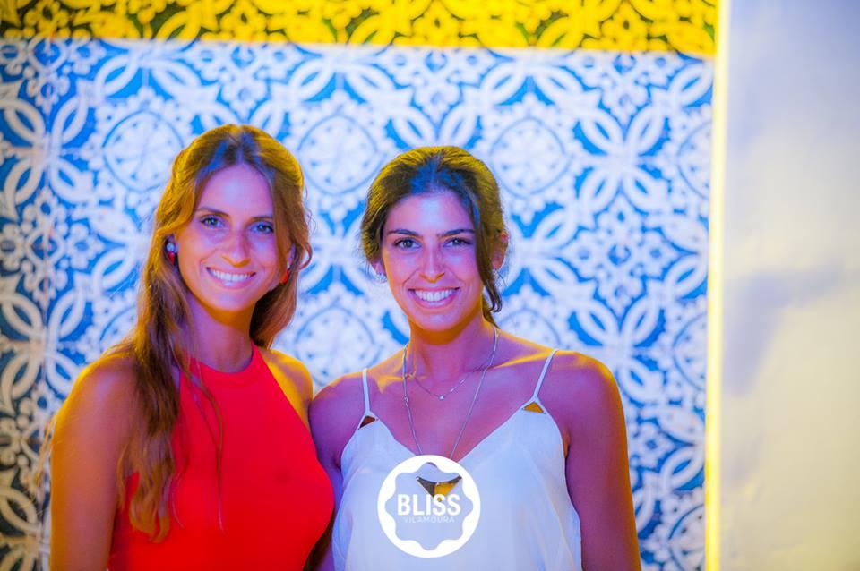 Catarina Costa (à direita na foto)