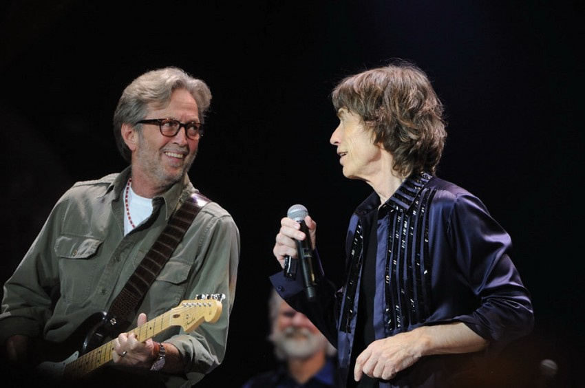eric-clapton-and-mick-jagger-in-the-rolling-stones-50-years-concert