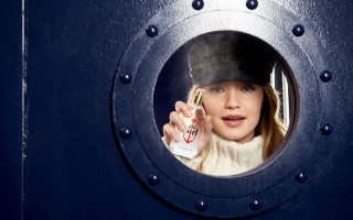 gigi-hadid-eau-de-toilette-the-girl-by-tommy-hilfiger-2016-campaign-8