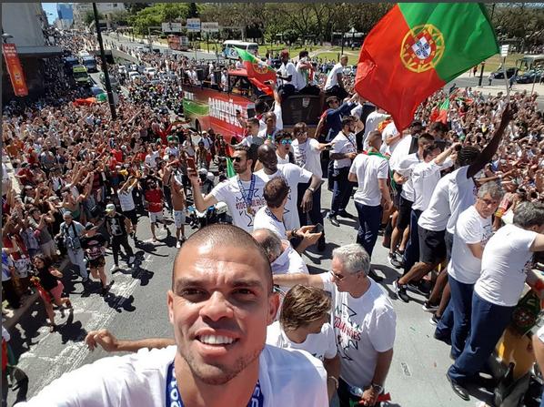 Pepe recordou a receção dos campeões europeus a Portugal