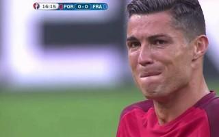 Ronaldo em lágrimas