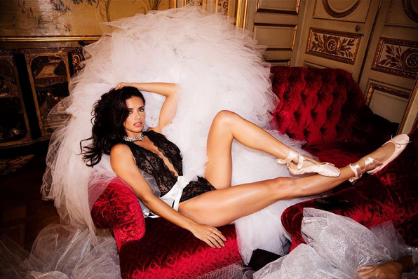 Adriana LIma Victoria's Secret 2