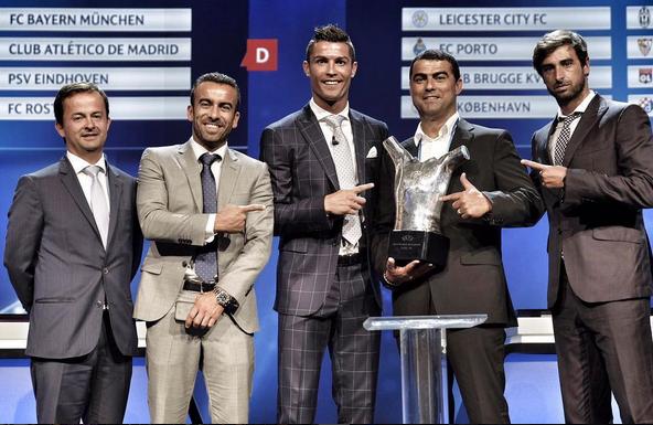 Cristiano Ronaldo Prémio Melhor Jogador UEFA 6.jpg