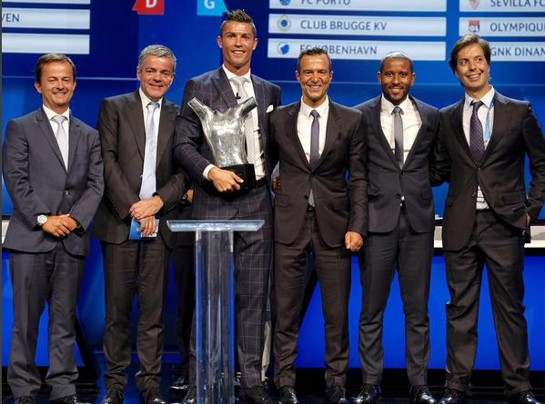 Cristiano Ronaldo Prémio Melhor Jogador UEFA 7.jpg