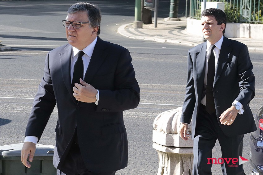 Durão Barroso foi o primeiro a chegar com o filho mais velho