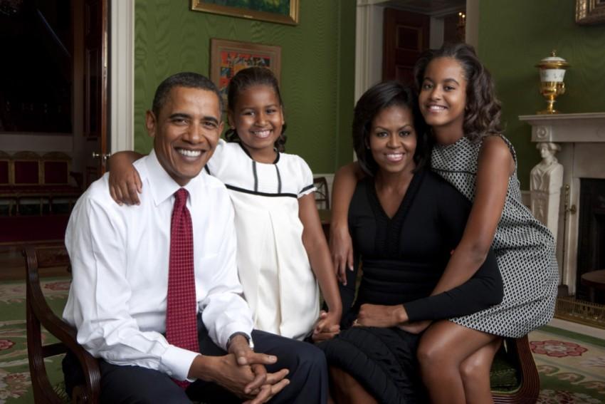 Família Obama (Foto: Reprodução Facebook)