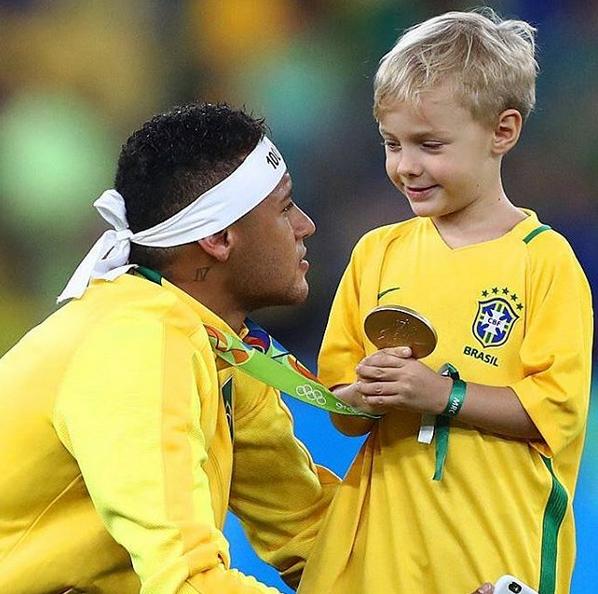 Neymar e o filho