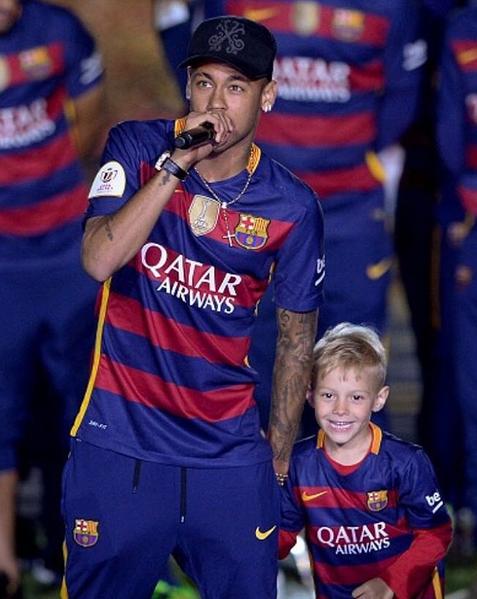 Neymar e filho Davi Lucca 5
