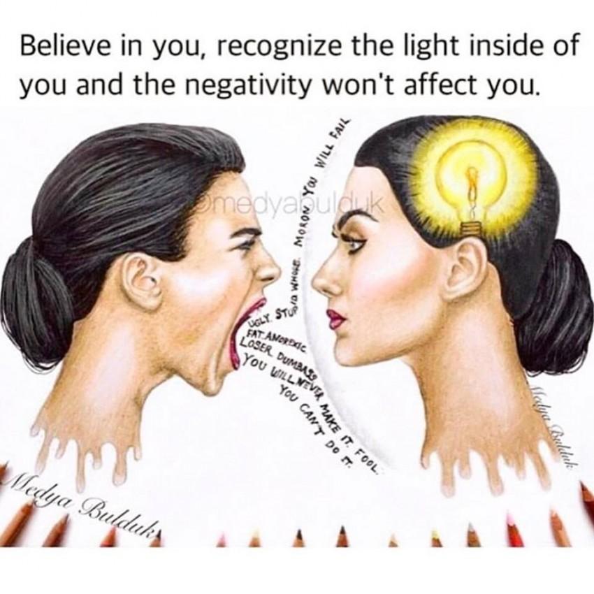 """""""Acredita em ti, reconhece a luz dentro de ti e a negatividade não te irá afetar"""", diz a imagem que Kayla Rae Reid colocou nas redes sociais"""
