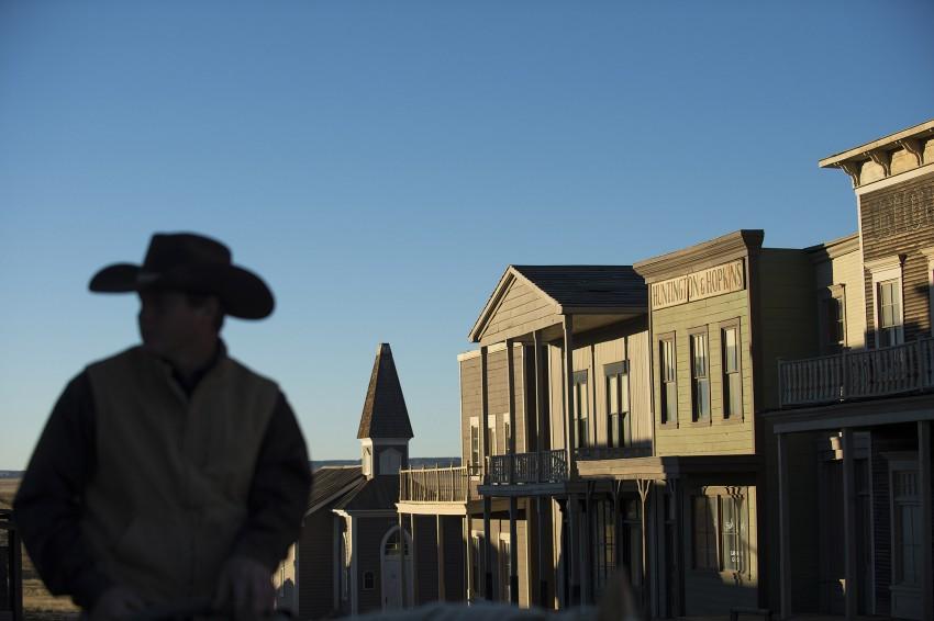 A propriedade inclui as casas ao estilo western