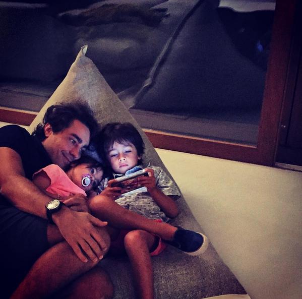Ricardo Pereira tem aproveitado para matar saudades dos filhos
