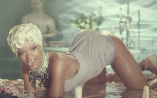 rihanna-pour-it-up-video