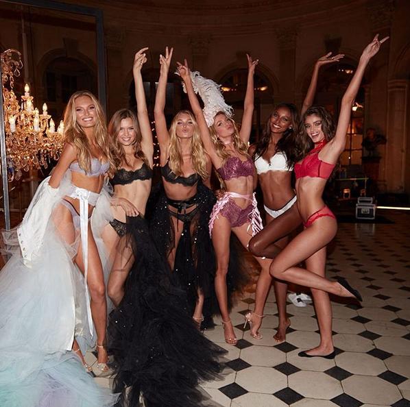 Victoria's Secret Holiday 2016