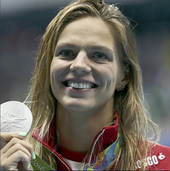 A nadadora russa Yuliya Efimova, medalha de prata nos 100 metros de bruços