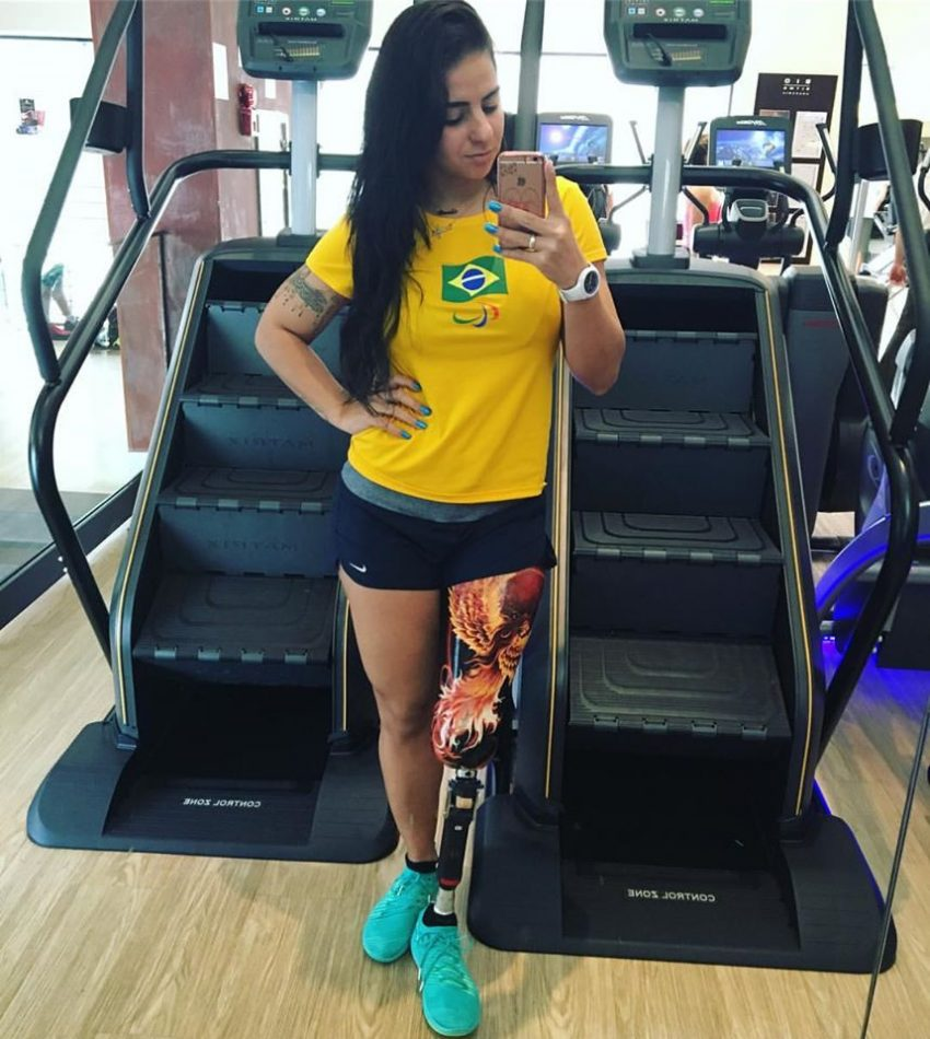 camille-rodrigues-nadadora-paralimpica-brasil-4