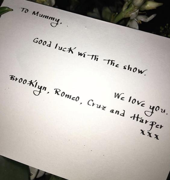 A carta que David Beckham escreveu para a mulher, juntamente com os filhos
