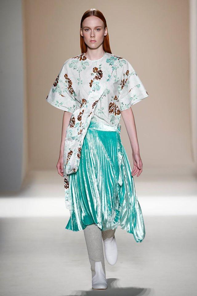 desfile-victoria-beckham-semana-da-moda-de-nova-iorque-primavera-verao-2017-32