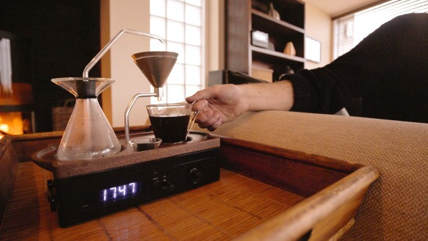 Despertador que prepara café 13