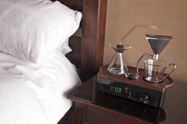 Despertador que prepara café 3