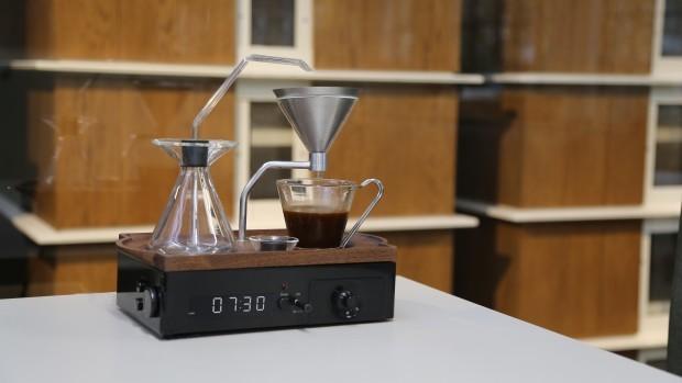 Despertador que prepara café 7