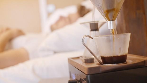 Despertador que prepara café 8
