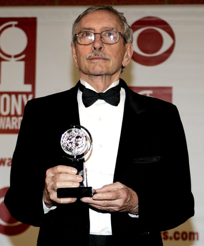 Edward Albee recebu o prémio Tony 'Lifetime Achievement', em 2005