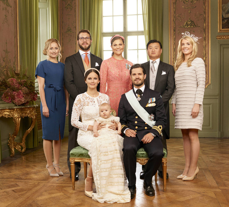 Elegant And Family Friendly Atlanta Home: Divulgadas Fotos Oficiais Do Batizado Do Príncipe