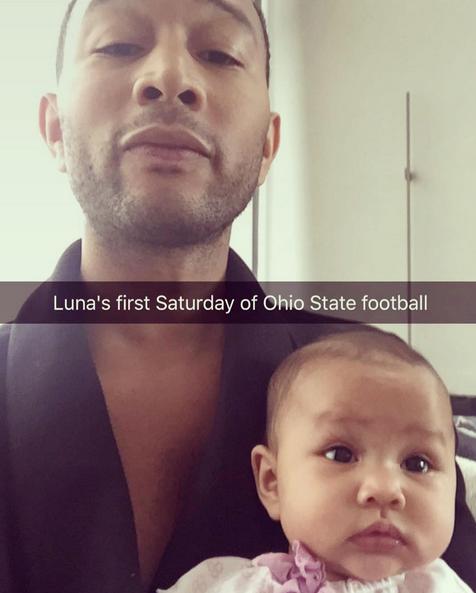 John Legend e a filha Luna