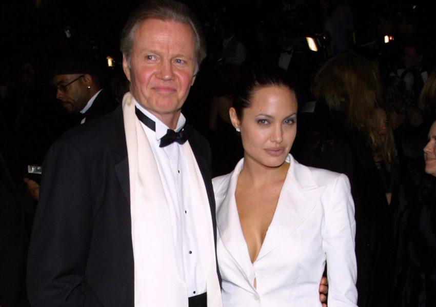O ator Jon Voight com a filha Angelina Jolie
