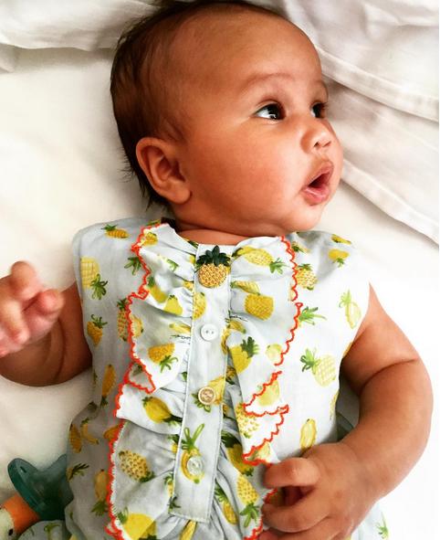 Luna, filha de John Legend e Chrissy Teigen 3