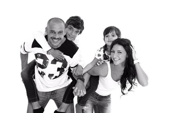 São várias as fotos de Madjer com os filhos e Lynn