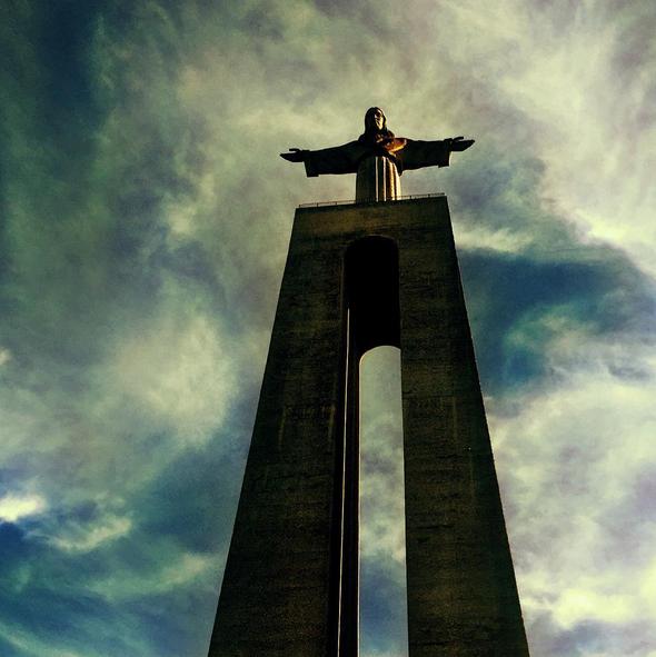 A atriz brasileira tem tirado várias imagens a locais emblemáticos de Lisboa