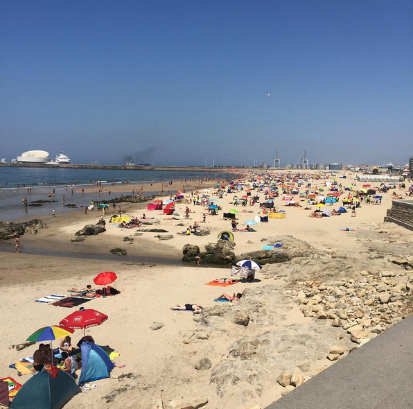 E à praia de Matosinhos