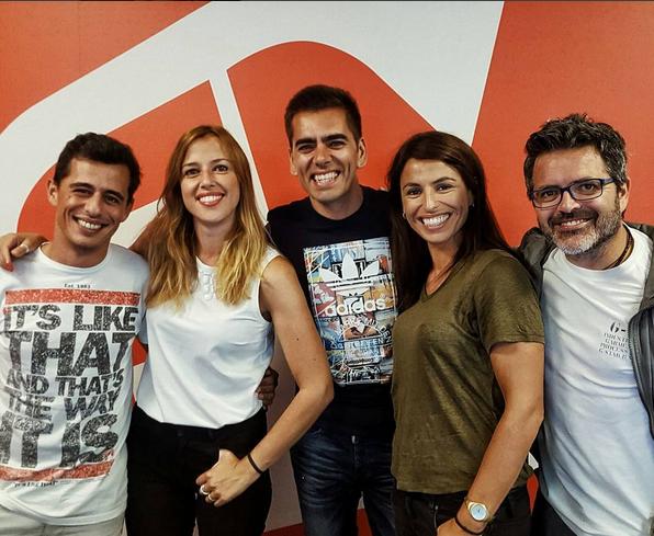 Pedro Fernandes com a restante equipa do Café da Manhã