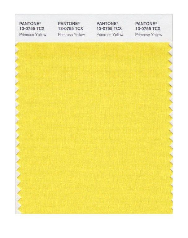 Primrose Yellow 13-0755: Narciso amarelo. Vários estilistas usaram a cor combinada com a Island Paradise (mais fria) e com a Hazelnut (mais quente)