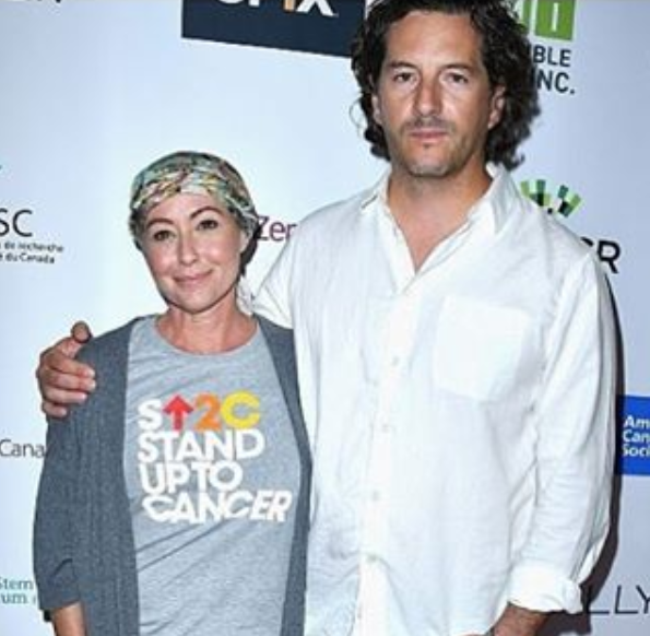 Shannen Doherty com o marido