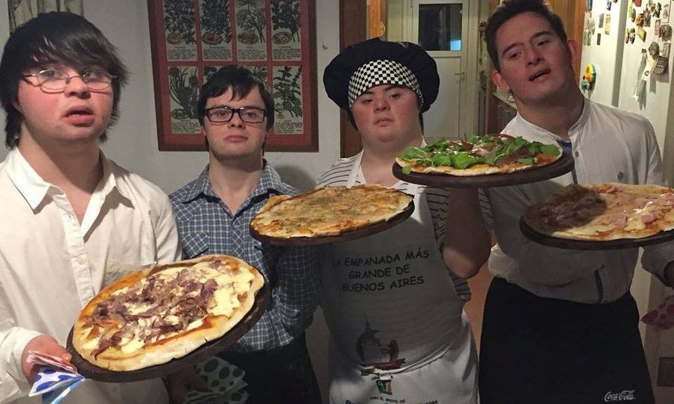 sindrome-de-down-pizzaria-los-perejiles-14