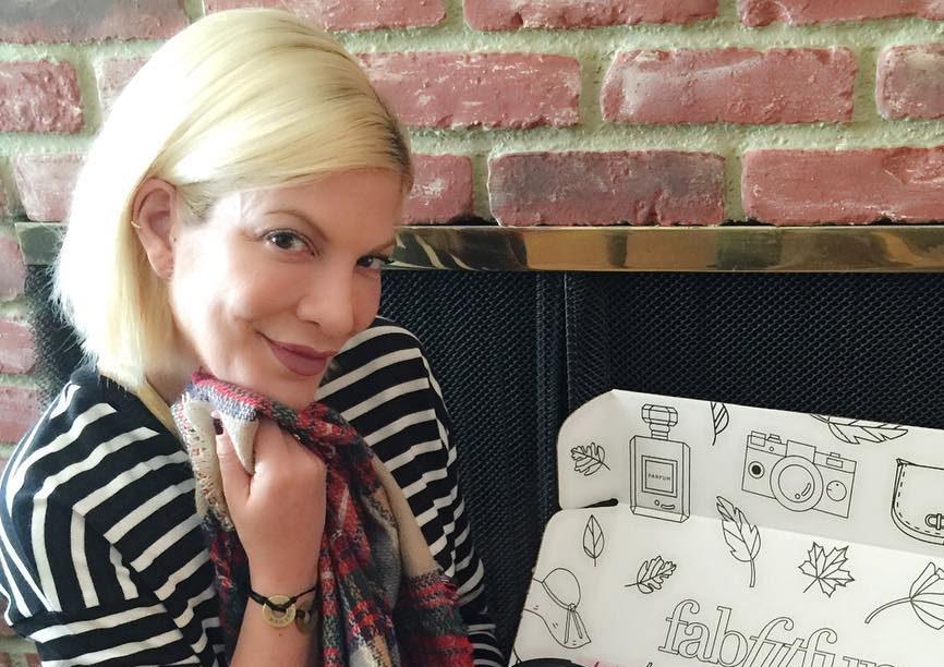 Tori Spelling está grávida pela quinta vez