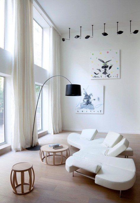appart-1-salon-terrasse-oeuvres
