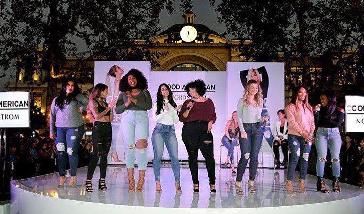 apresentacao-colecao-calcas-ganga-good-american-khloe-kardashian